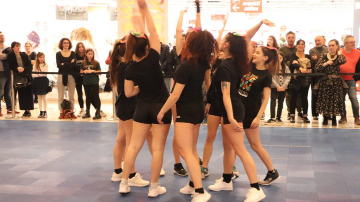 squadra di cheerleading